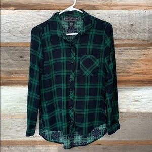 Black and Green Button Down Tunic